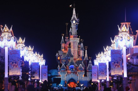 euro-disney-holidays-christmas-2012
