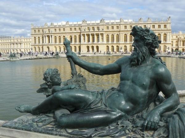 Chateau-de-Versailles_6_800x600