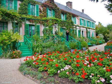 Giverny_1_800x600
